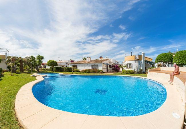 Villa en Denia - VILLA PINADA-2-d+PACK DE BIENESTAR (menus GOURMET, SPA, bicicletas, excursiones)