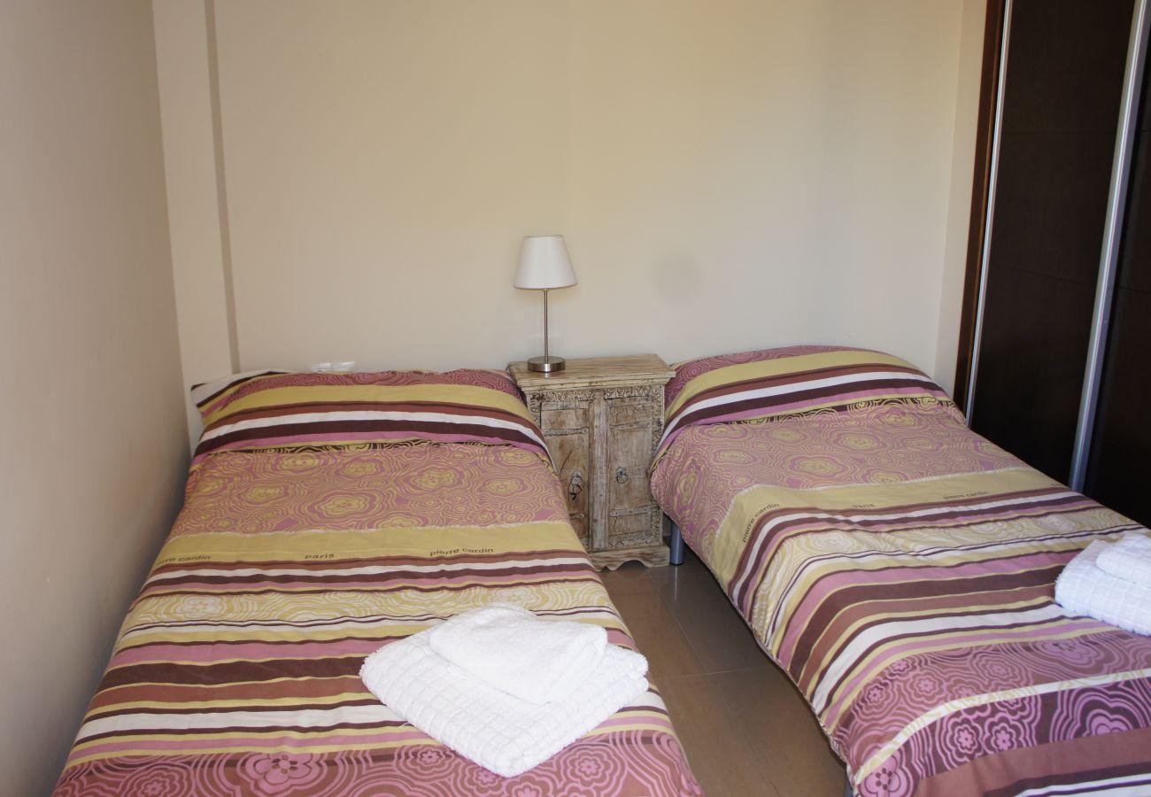 Ferienwohnung in Denia - CARLTON 2004 (2D) VYB